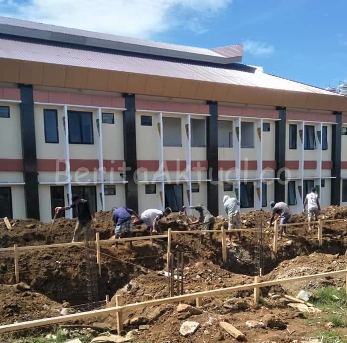 Pantau Kesiapan RSUD Manokwari, Mandacan: Fasilitas Harus Siap Jika Pasien Terinfeksi Corona Membludak 2 IMG 20200316 WA0024