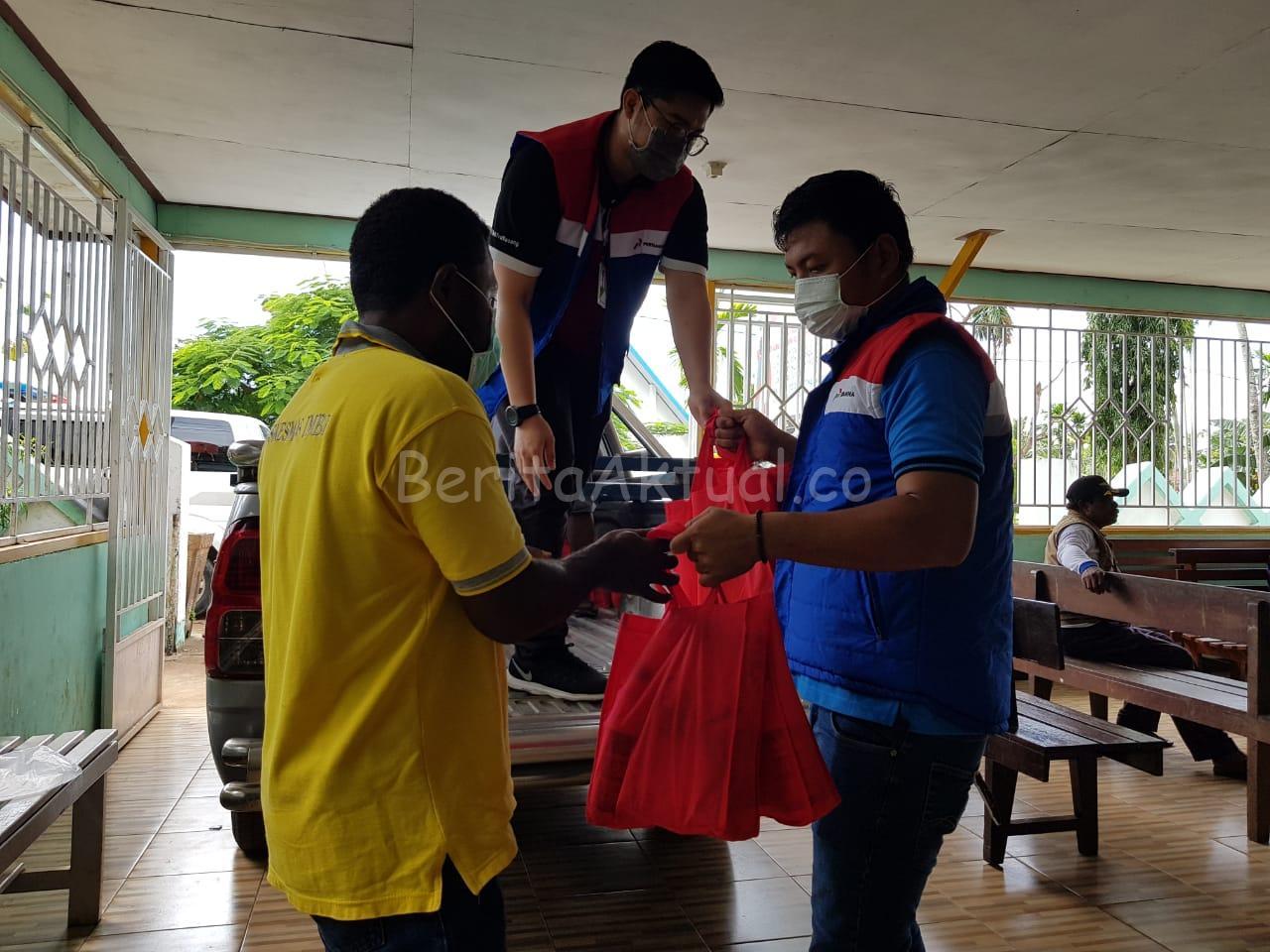 Peduli Cegah Corona, Pertamina Serahkan 200 Paket Bantuan di Puskesmas Imbi Jayapura 2 IMG 20200320 WA0116