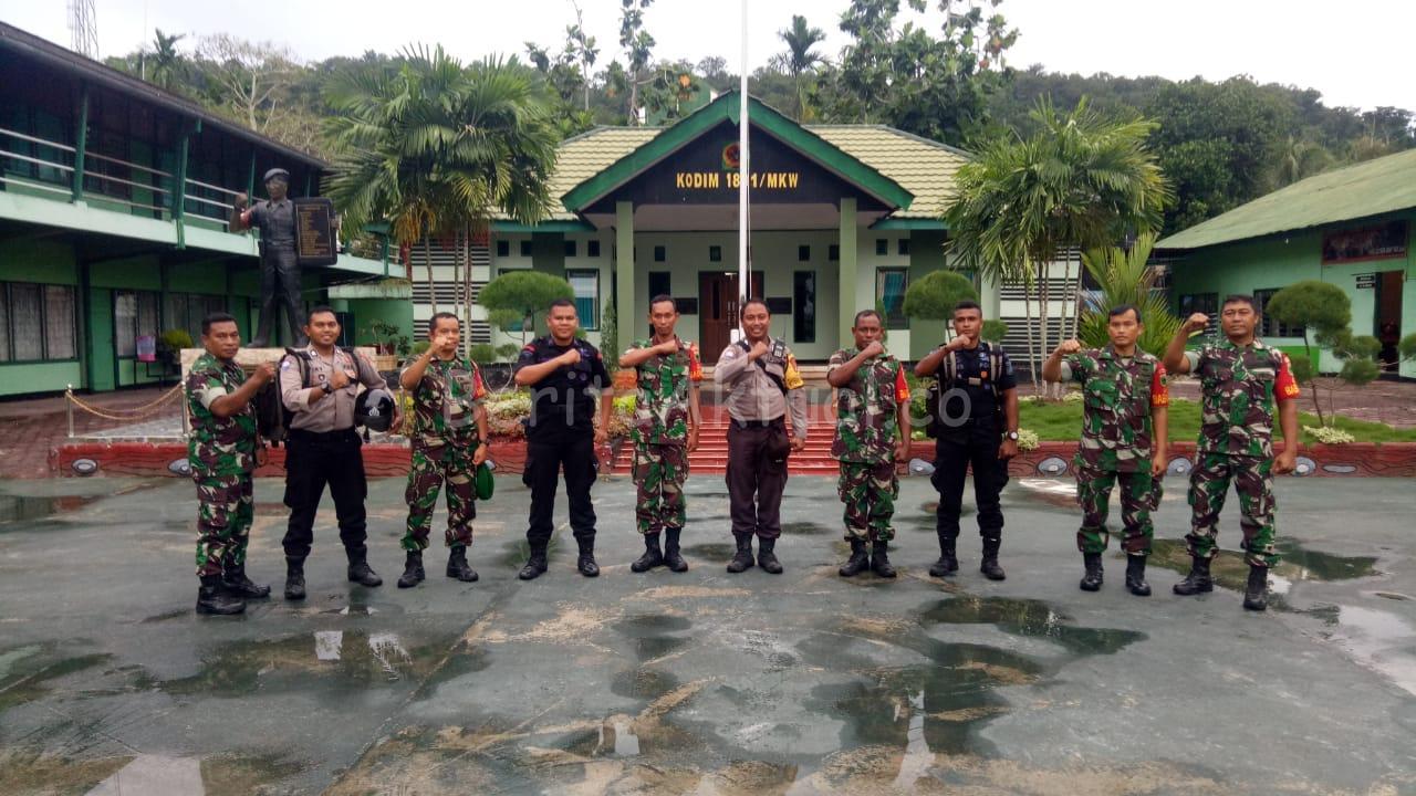 Cegah Penyebaran Corona, Gabungan TNI-Polri di Manokwari Berikan Imbauan Kepada Masyarakat 3 IMG 20200321 WA0076