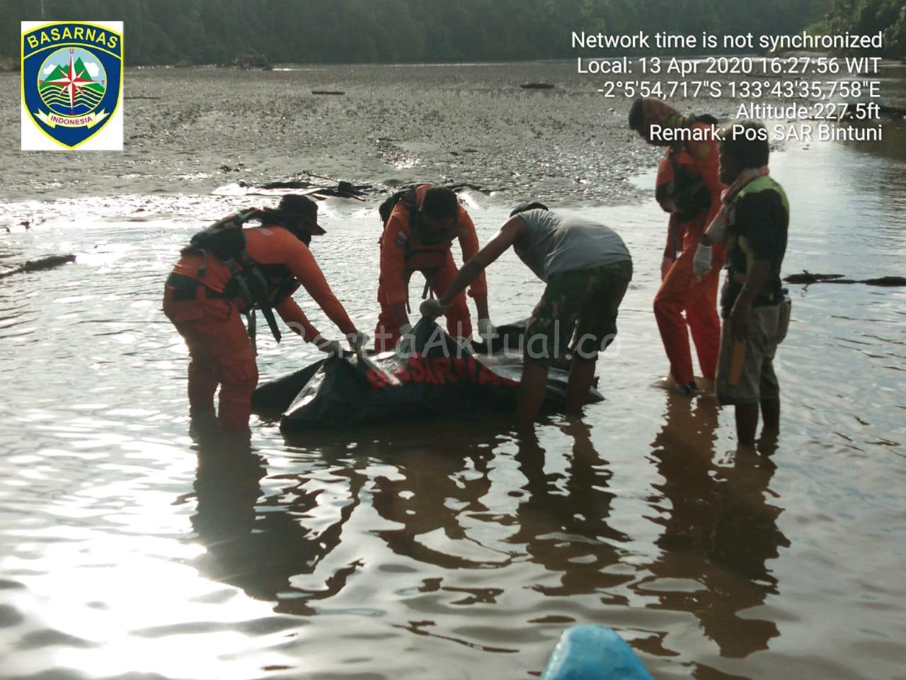 Tim Gabungan Basarnas Temukan Karyawan LNG Tak Bernyawa di Sungai Muturi Teluk Bintuni 4 IMG 20200413 WA0102