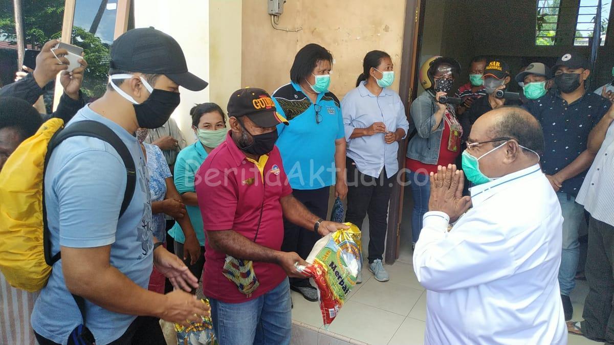 10 Distrik 41 Kelurahan Akan Dapat Bantuan Sembako Dari Pemkot Sorong 23 IMG 20200415 WA0019