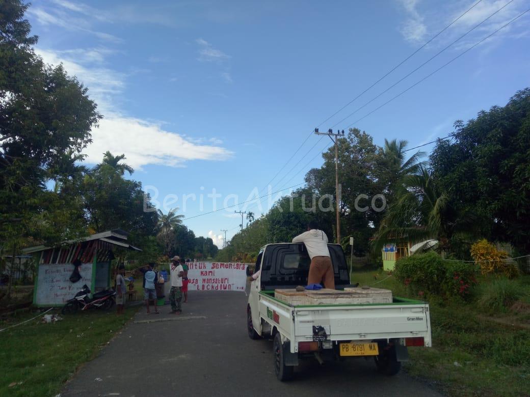 Takut Corona, Warga Mansaburi Isolasi Kampung Dari Masyarakat Luar 26 IMG 20200423 WA0046