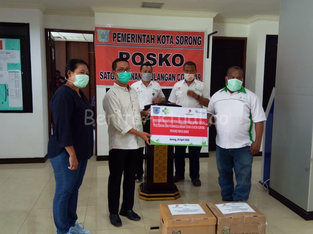 Petrogas (Basin) Ltd Beri Bantuan APD ke Satgas Covid-19 Kabupaten Dan Kota Sorong 1 IMG 20200425 WA0028