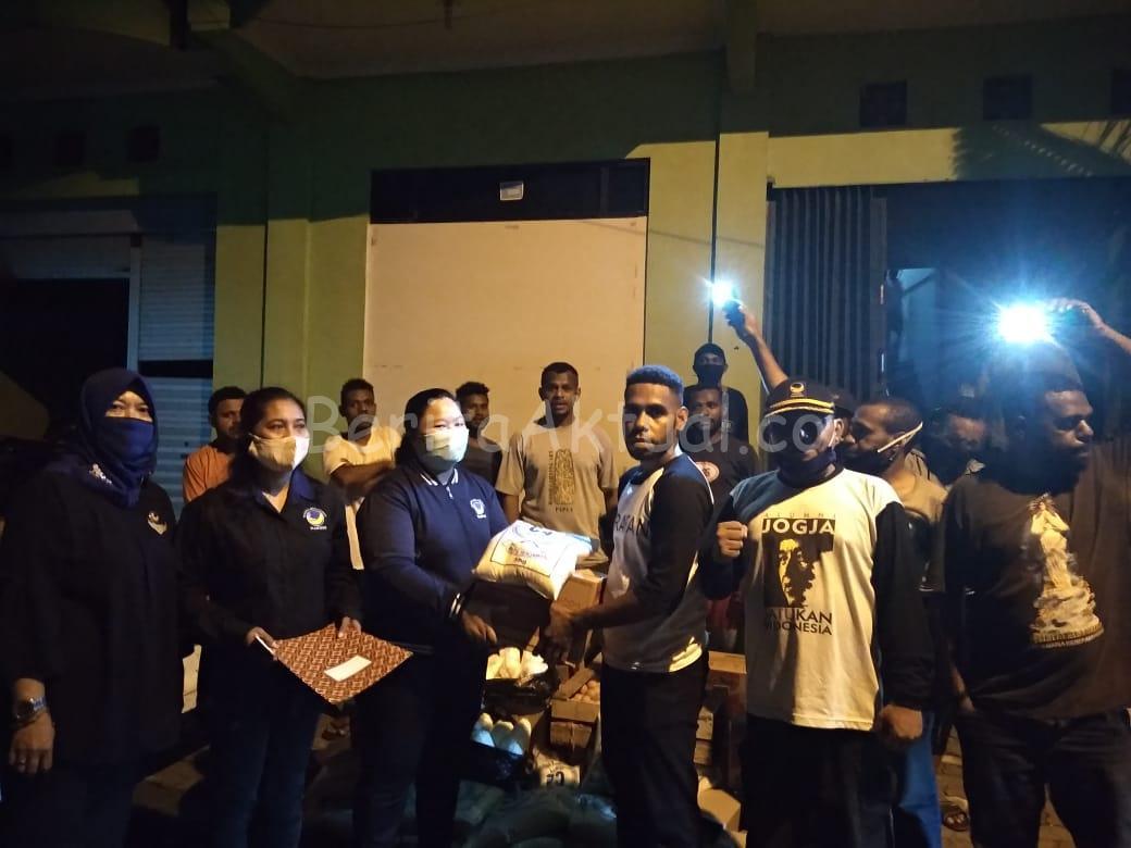 NasDem PB Beri Bantuan Bama Untuk Mahasiswa Maybrat Yang Kuliah di Yogyakarta 7 IMG 20200425 WA0047