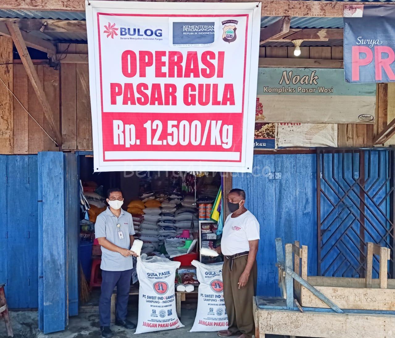 Kendalikan Harga Gula Pasir, Bulog Manokwari Gelar Operasi Pasar 10 20200517 203240