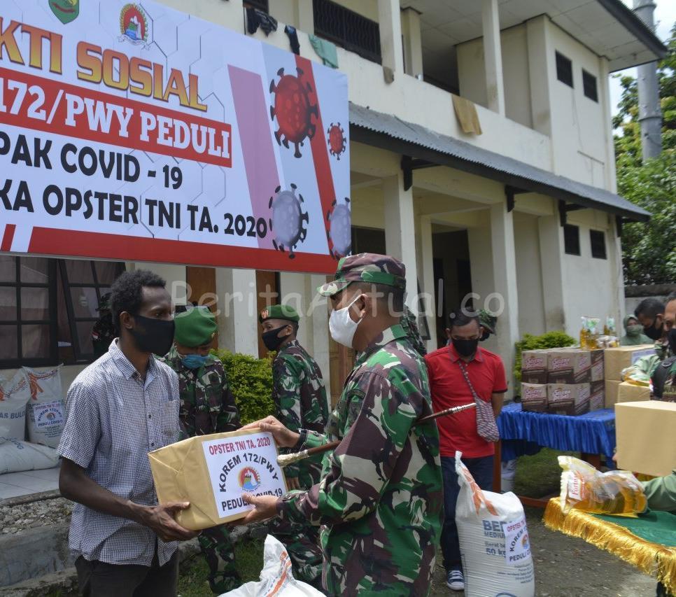 KOREM 172/PWY Beri Sembako ke 32 Asrama Mahasiswa Dan 22 Panti Asuhan Jayapura 1 IMG 20200504 WA0054