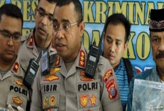 Mengenal Sosok Jhonny Edison Isir, Eks Ajudan Jokowi Yang Jabat Kapolrestabes Surabaya 1 IMG 20200512 WA0006