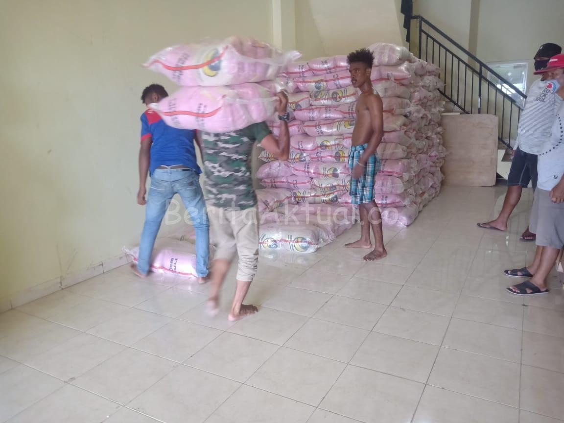 Sikapi Warga Terdampak C-19, 5000 Paket Bama Dari NasDem Peduli Dan Rico Sia Tiba di Sorong 3 IMG 20200519 WA0048