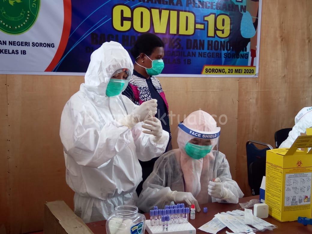 Cegah Covid-19, 37 Pegawai Pengadilan Negeri Sorong Jalani Rapid Test 1 IMG 20200520 WA0054