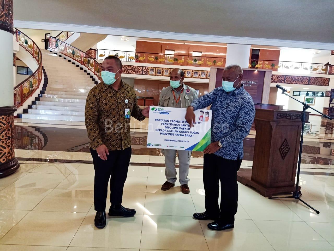 Gubernur Papua Barat Terima Bantuan 5000 Masker Dari BPJS Ketenagakerjaan 1 IMG 20200604 WA0056