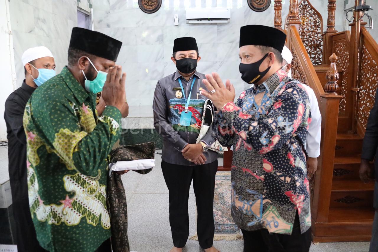 Ustadz Al Payage Doakan Mendagri Tito Sukses Kawal Pembangunan Papua 3 IMG 20200710 WA0021