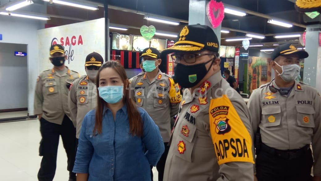 Pantau Penerapan Protokol Kesehatan di Kota Sorong, Kapolda PB Kunjungi Mall Dan Pasar 2 IMG 20200714 WA0020