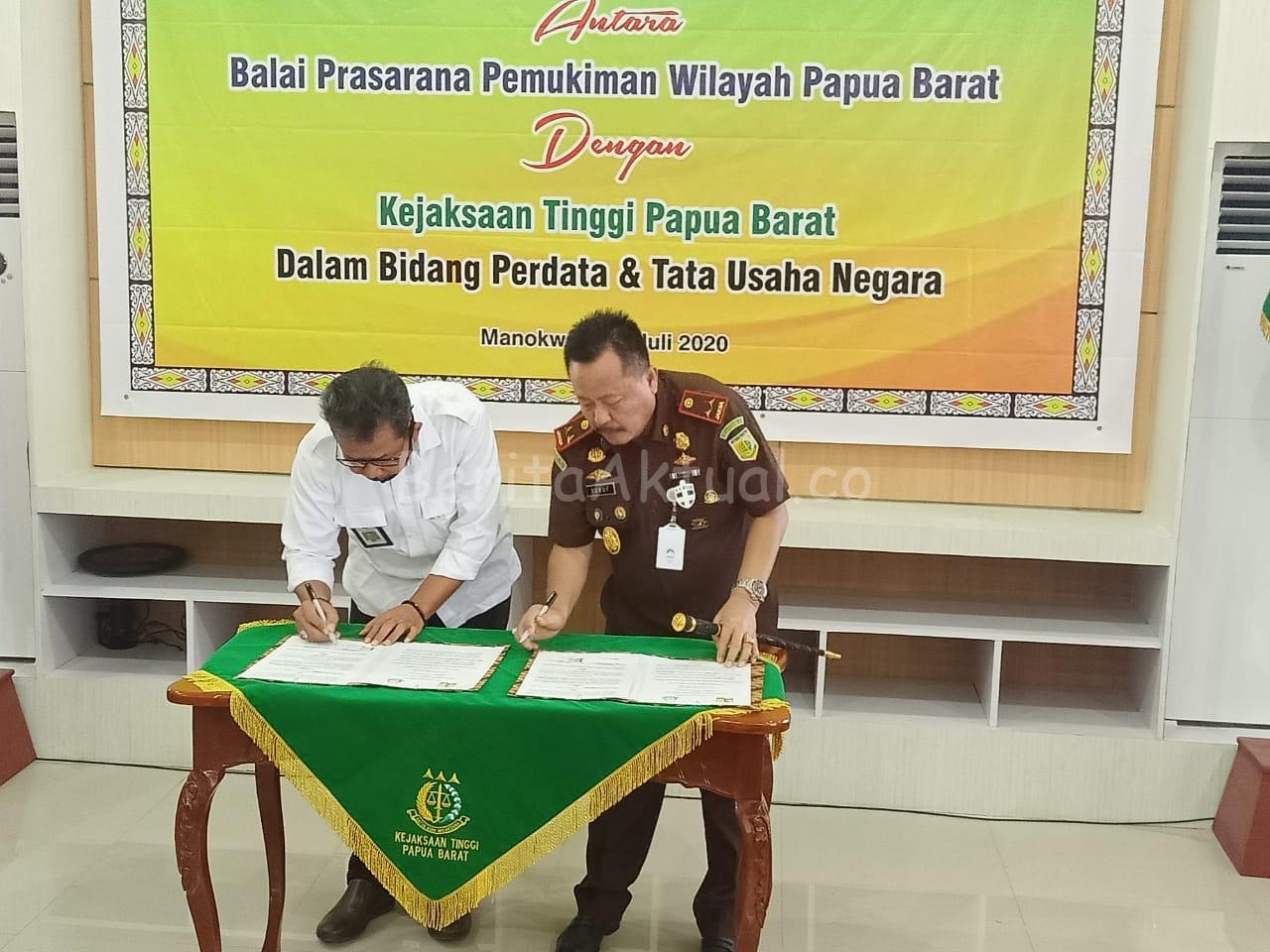 Kawal Proyek Strategis, BPPW PB Dan Kejati Papua Barat Teken MoU 3 IMG 20200715 WA0026