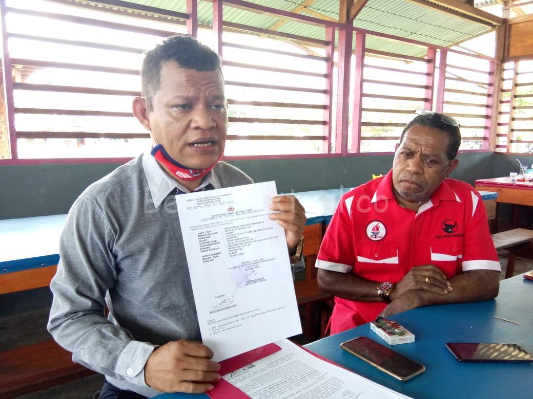 Diancam Lewat WhatsApp, Edo Kondologit Laporkan Salah Satu PAC PDIP ke Polres Sorong Kota 11 IMG 20200716 WA0023