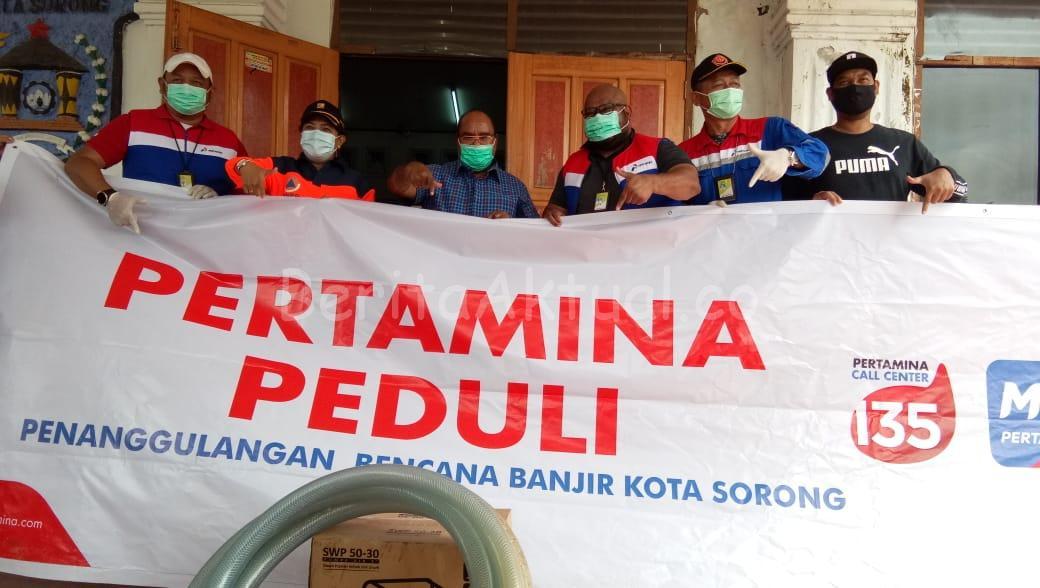 Pertamina RU VII Kasim Beri Bantuan Untuk Korban Terdampak Banjir Sorong 1 IMG 20200718 WA0032