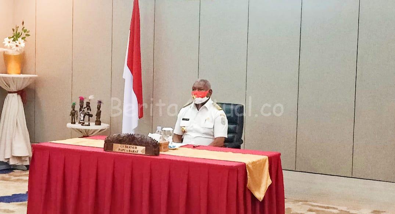 Gubernur Mandacan Kukuhkan 6 Paskibraka Dari Kabupaten Manokwari 1 IMG 20200814 WA0044