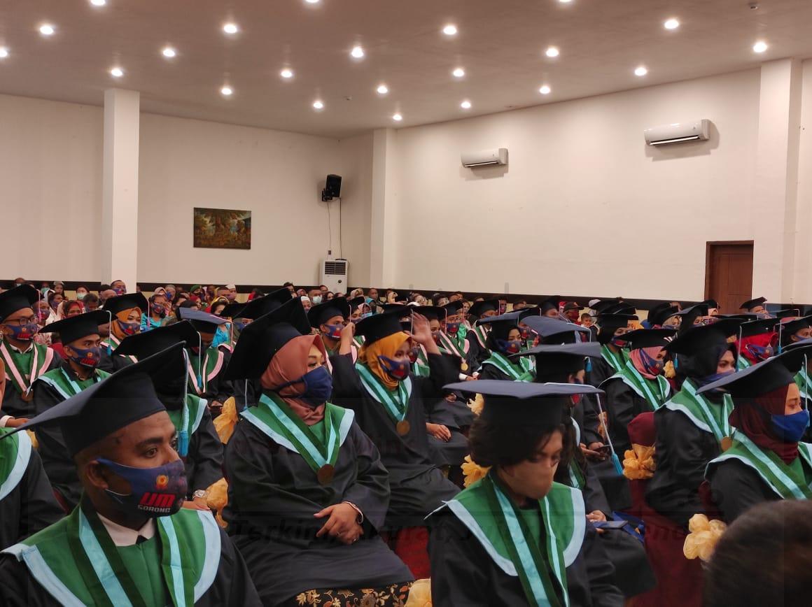 655 Mahasiswa Universitas Muhammadiyah Sorong Diwisuda 1 IMG 20200825 WA0051