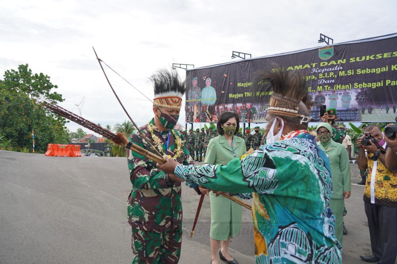 Pangdam XVIII Kasuari: Ali Hamdan Bogra Salah Satu Putra Terbaik Tanah Papua di Militer 2 IMG 20200914 WA0063