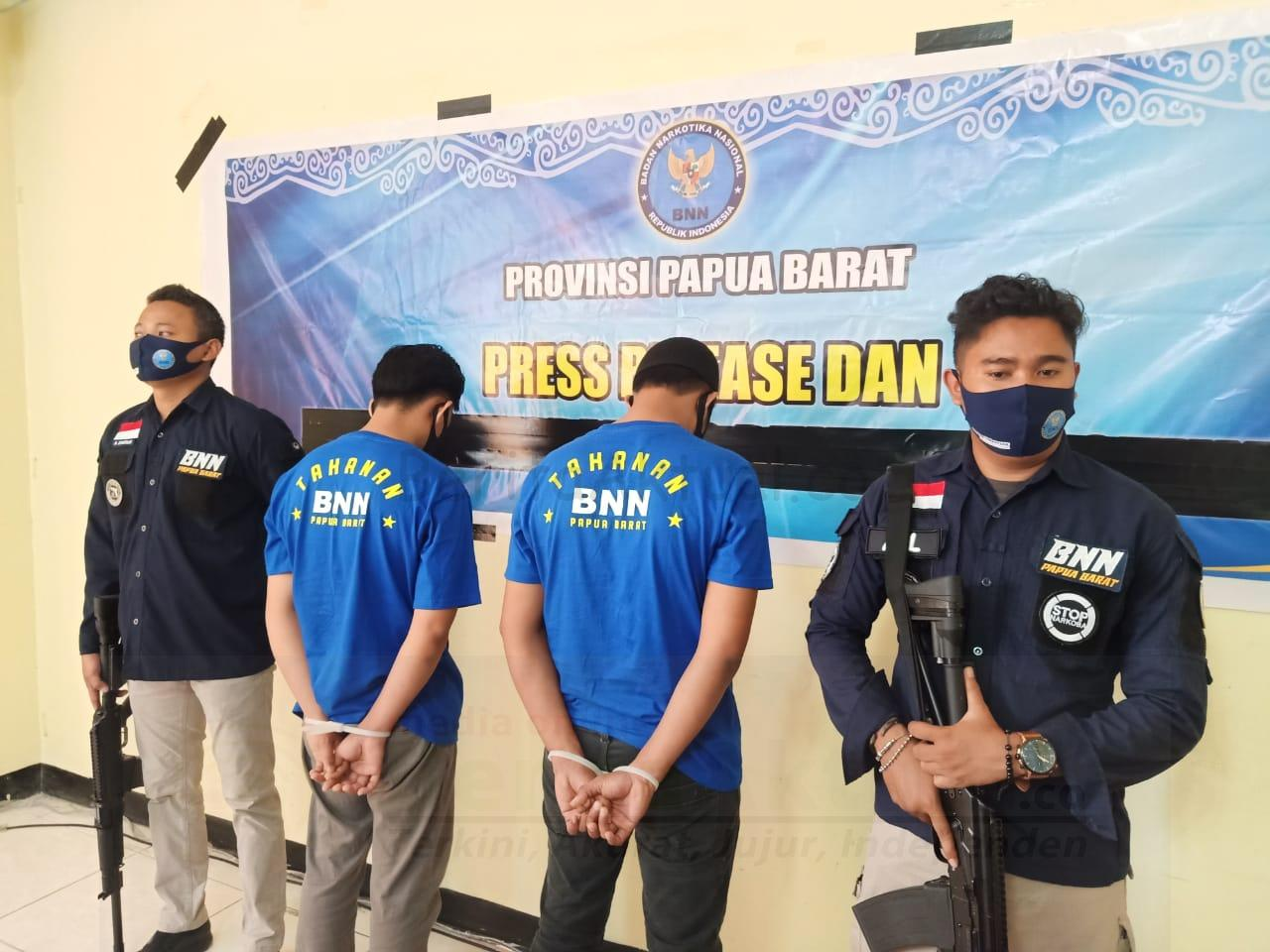 Miliki Sabu Dari Lampung, BNN PB Tangkap 2 Pria Ini di Sorong Barat 1 IMG 20200916 WA0091