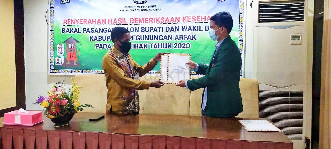 Berkas Dokumen Penuhi Syarat, YOSMAR Bakal Tampil Paslon Tunggal Pilkada Pegaf 5 IMG 20200922 WA0027