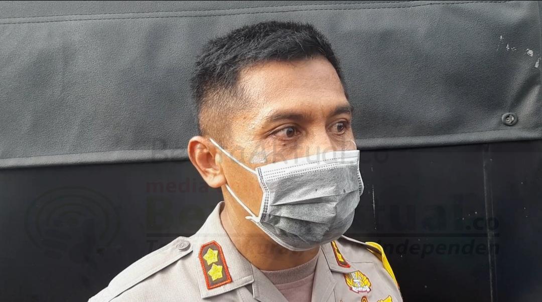 Tak Terima Dibubarkan Polisi Saat Gelar Aksi Jelang 1 Desember, Kompleks Mall Ramayana Sorong Ricuh 4 20201127 174229