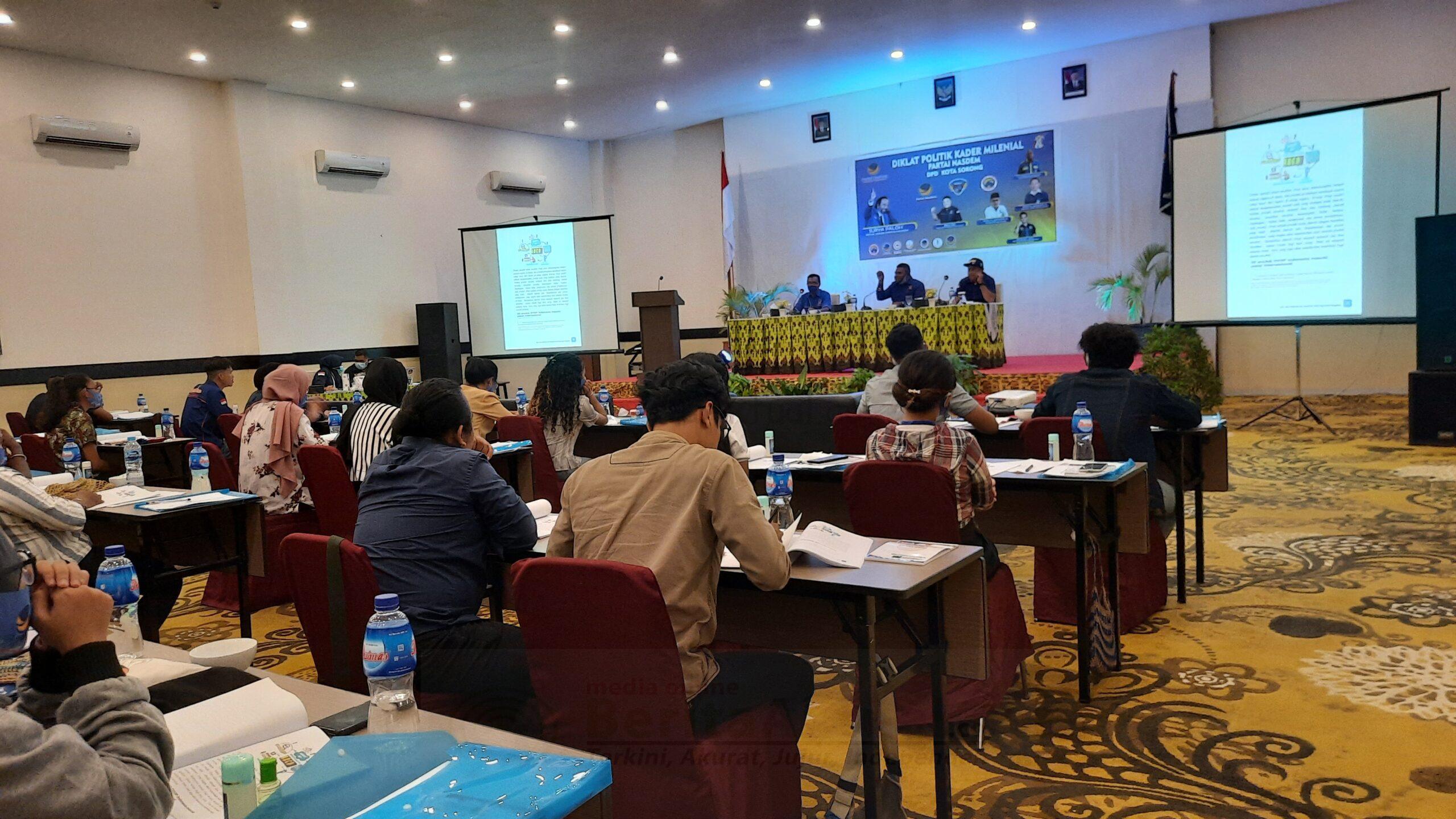 Tingkatkan Kesadaran Pemilih MilenialDPD NasDem Kota Sorong Gelar Diklat 2 20201128 142216 scaled