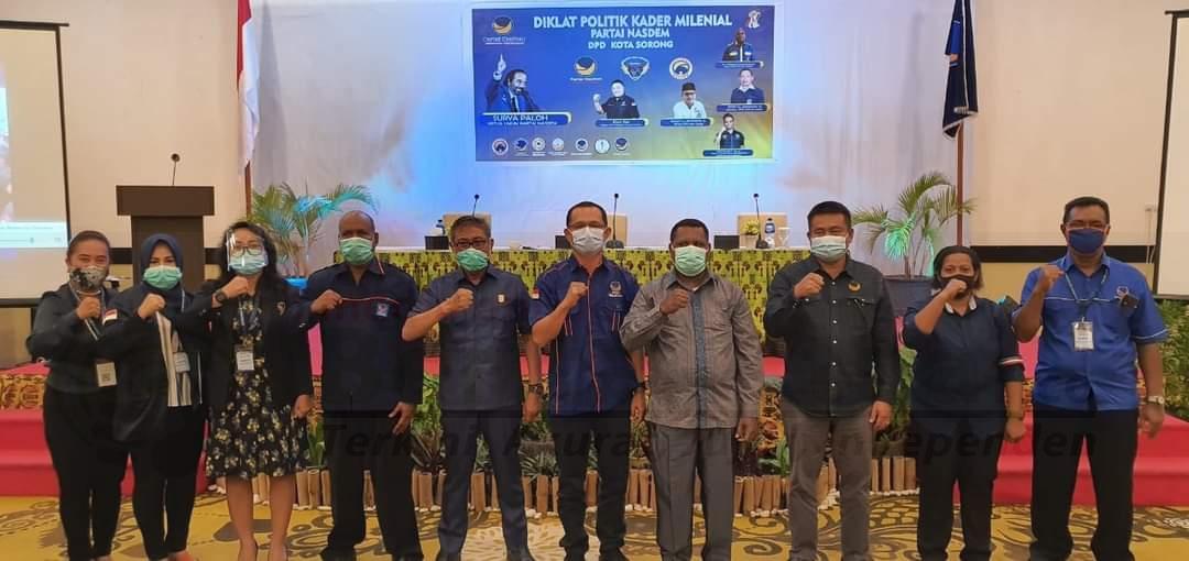 Kesbangpol Kota Sorong Sebut NasDem Yang Pertama Kali Gelar Diklat Politik Milenial, Harus Dicontoh 2 FB IMG 1606549743945