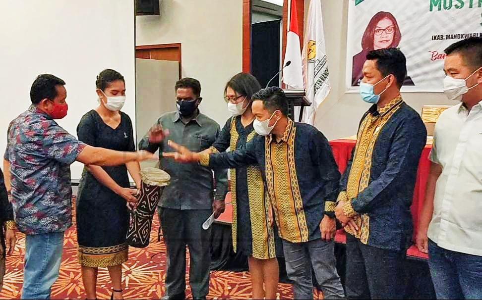 HIPMI Lahirkan Pengusaha Tularkan Kewirausahaan Untuk Generasi Muda di Papua Barat 2 IMG 20201107 WA0012