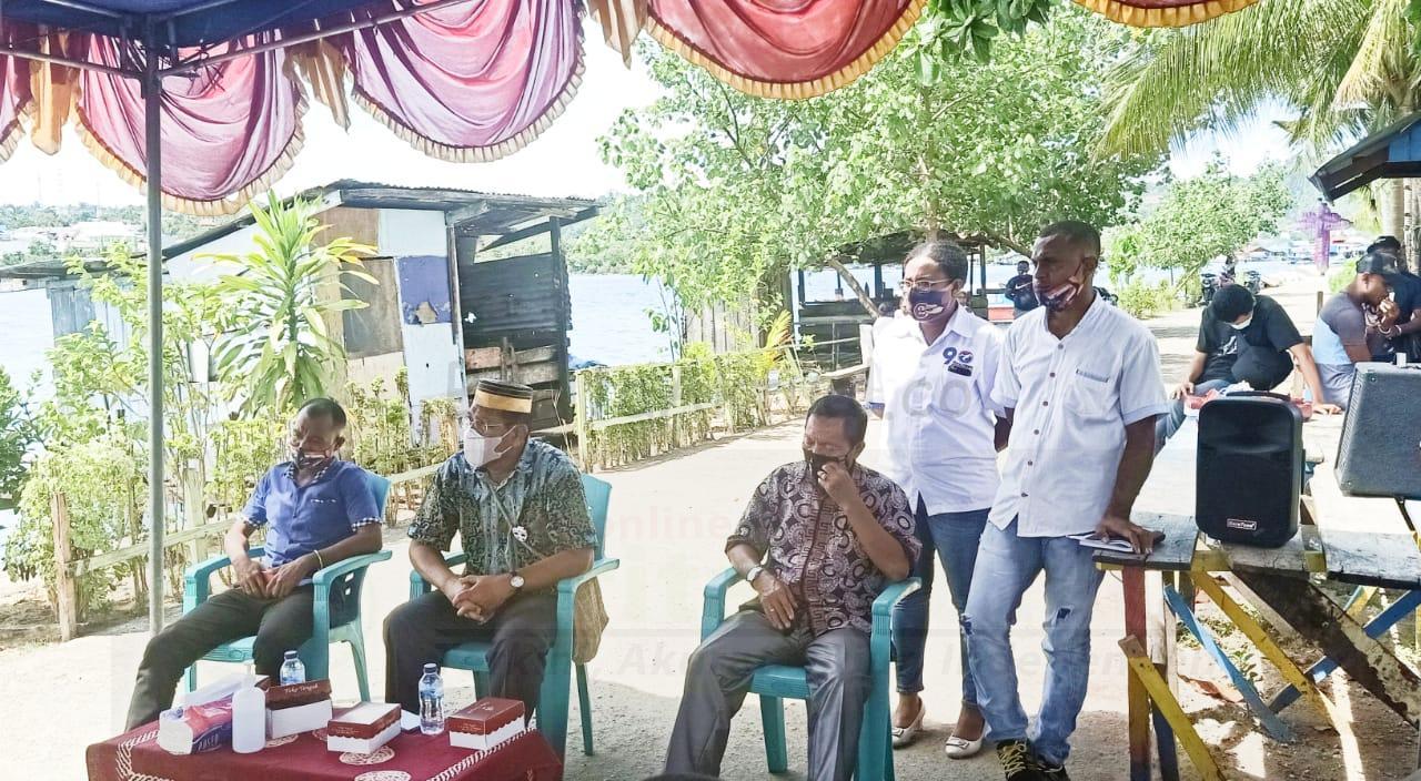 Datangi Warga Anggrem, Edi Budoyo: Jadi Pemimpin di Manokwari Harus Punya Kasih 4 IMG 20201110 WA0041