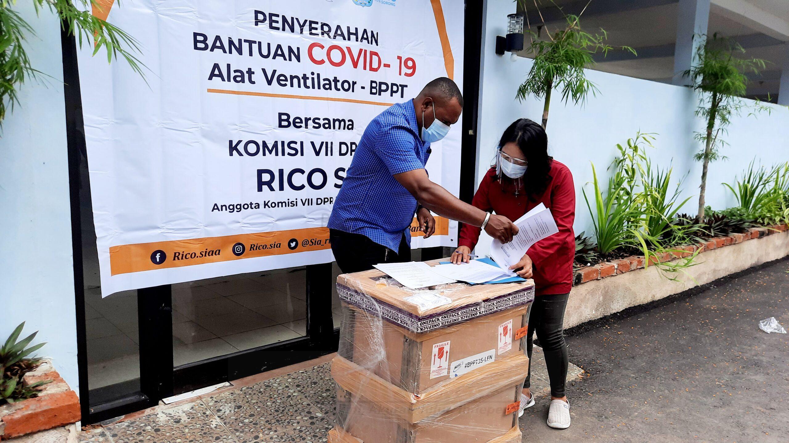 Bersinergi Bersama BPPT, Rico Sia Serahkan Ventilator di RSRC Kota Sorong 2 20201224 151808 scaled
