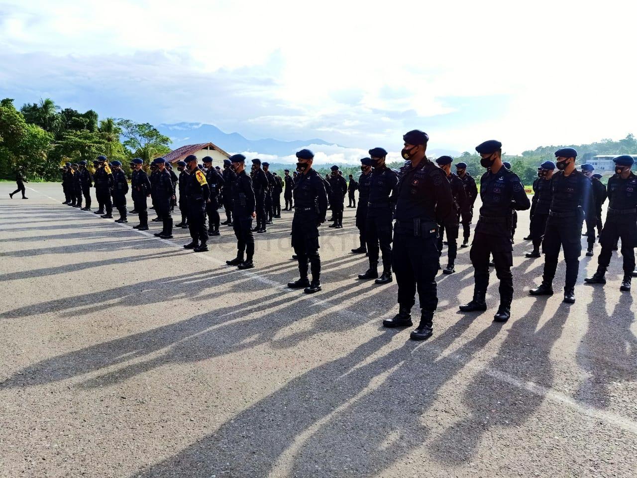 200 Personel Brimob Dari Kelapa Dua Jakarta Tiba di Papua Barat 2 IMG 20201206 WA0025