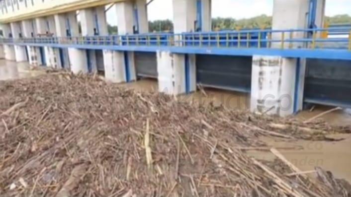 Dilanda Banjir Sepekan, Pemerintah Kota Tebing Tinggi Akan Usut Penyebabnya 5 IMG 20201207 WA0020