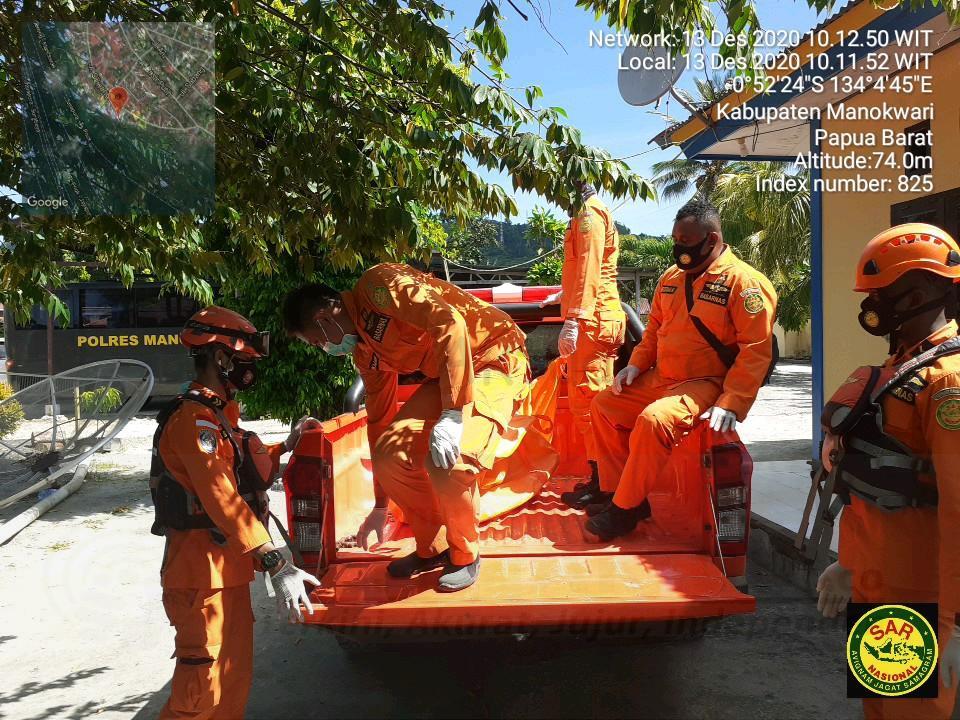 Hari Kedua Pencarian, Basarnas Manokwari Temukan SF Meninggal Dunia di Perairan Nuni 5 IMG 20201213 WA0036