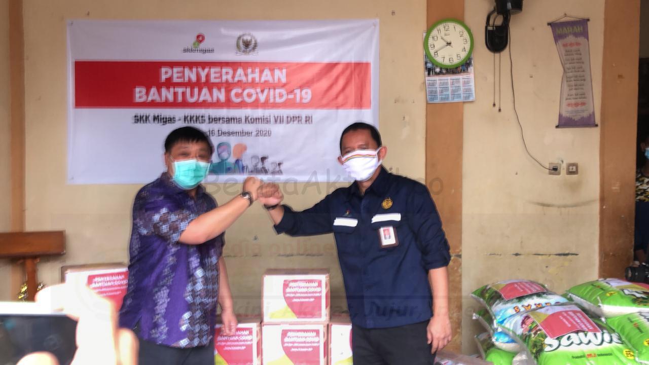 Di Bulan Kasih, SKK Migas Bersinergi Bersama DPR-RI Komisi VII Berbagi Bantuan COVID di Sorong 1 IMG 20201216 WA0110