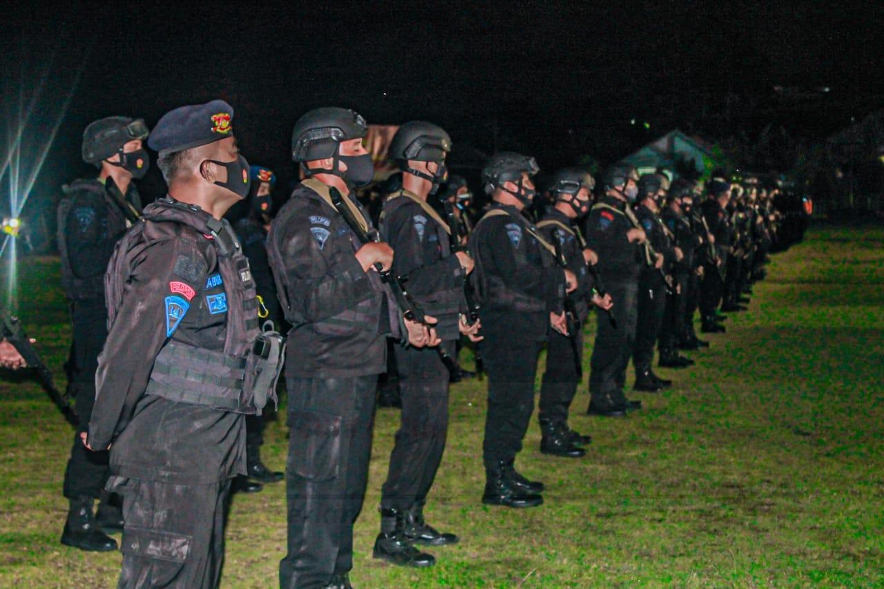 Serentak Brimob Papua Barat Patroli Malam, Mengantisipasi Gangguan Kamtibmas 10 IMG 20210124 WA0143