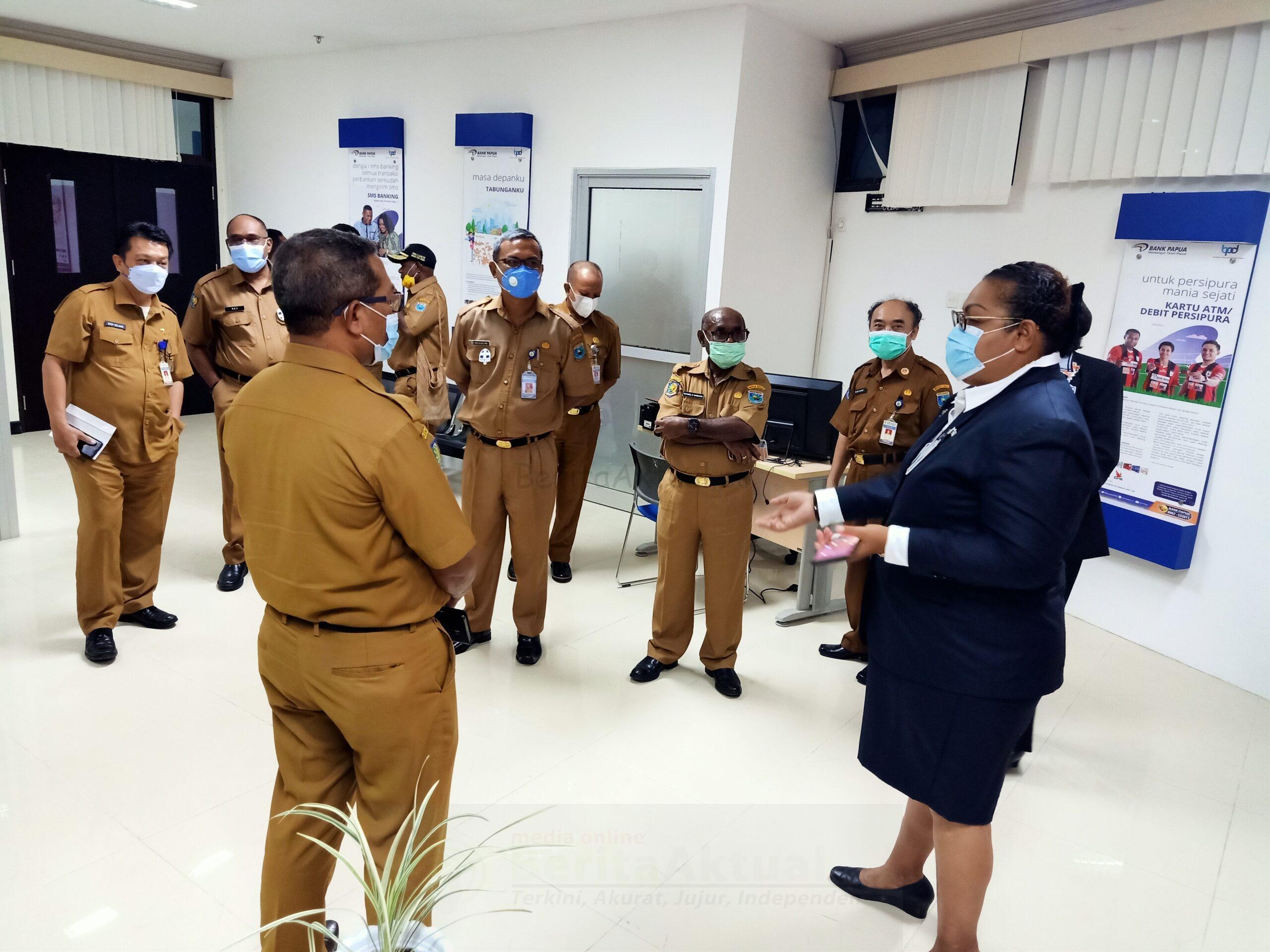 Kantor Cabang Pembantu Bank Papua Kini Resmi Beroperasi di Kantor Gubernur Arfai 1 IMG20210111112042 scaled