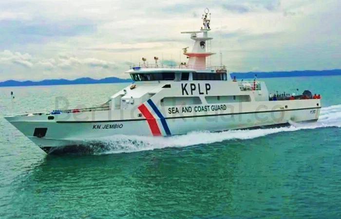 Kemenhub Kerahkan 7 Kapal Patroli KPLP Mencari SJ 182 6 IMG 20210110 111832