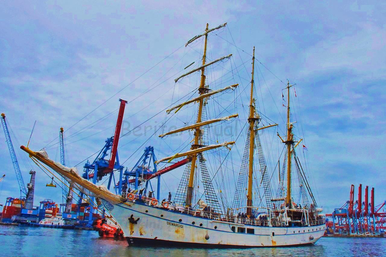 Kapal Legendaris Dewa Ruci Sandar di Dermaga Kolinlamil Dukung Peringatan Hari Dharma Samudera 1 IMG 20210110 202506