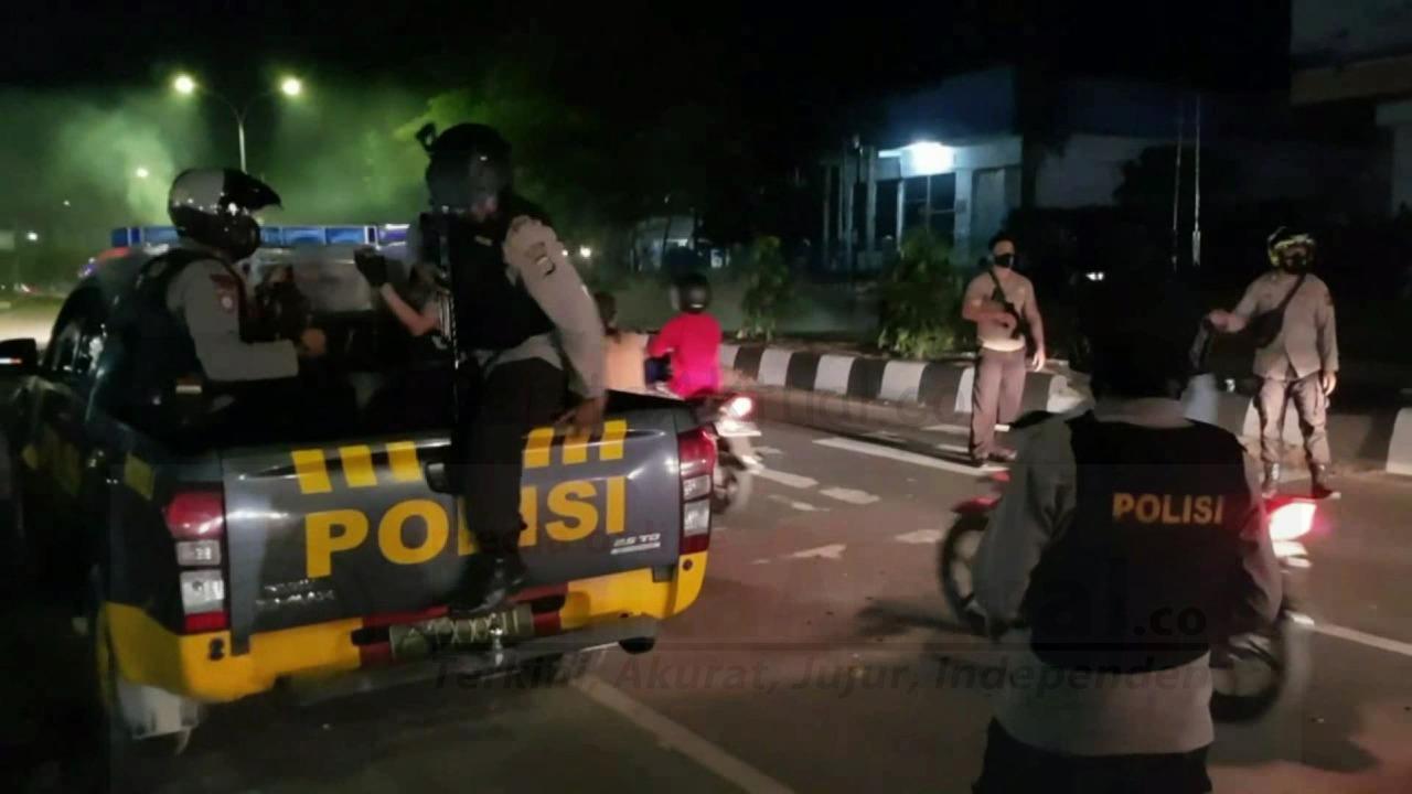 Akibat Laka Tunggal, Warga Klademak Blokade Jalan Ahmad Yani Kota Sorong 4 IMG 20210222 WA0008