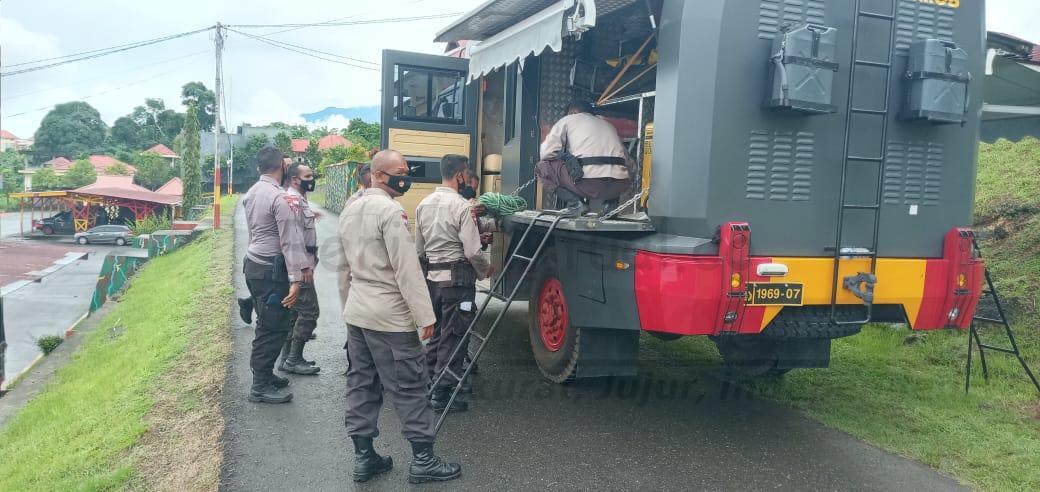 Antisipasi Bencana Alam, Kesiapsiagaan Brimob Polda Papua Barat Gelar Peralatan SAR 3 IMG 20210222 WA0060