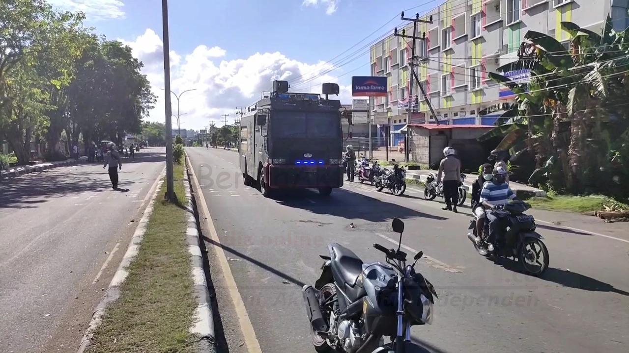 Polisi Buka Barikade Jalan Sepanjang Kawasan Sorpus Kota Sorong 4 IMG 20210223 WA0032