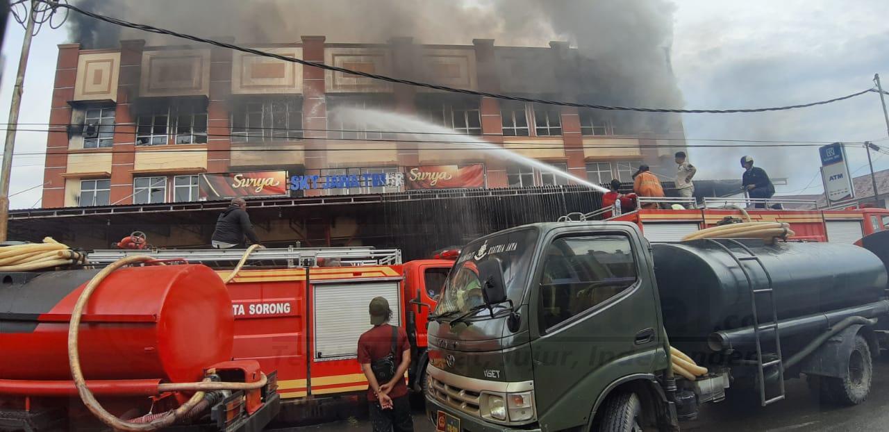 Toko Swalayan Jawa Timur di Kompleks At-Taqwa Kota Sorong Terbakar 4 IMG 20210226 WA0027