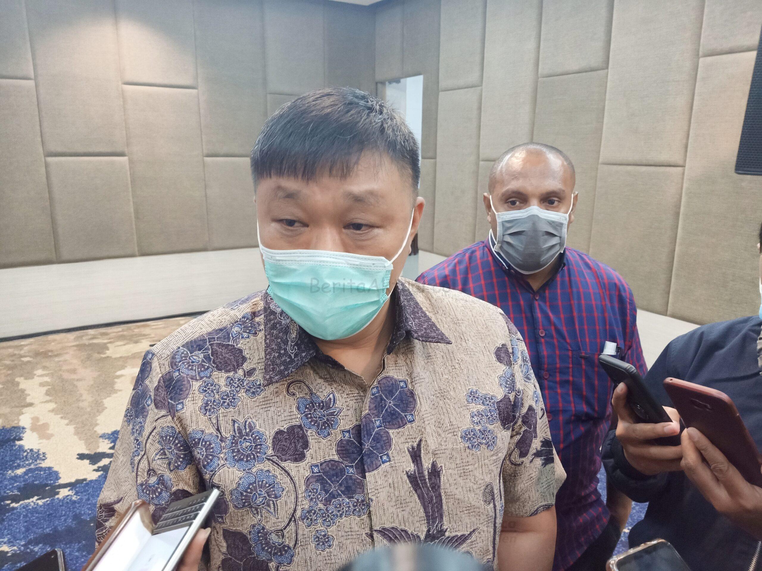 Rico Sia: Tuntutan Itu Ditujukan ke Pemprov Papua Barat, Bukan Pribadi 3 IMG 20210217 182240 1 scaled