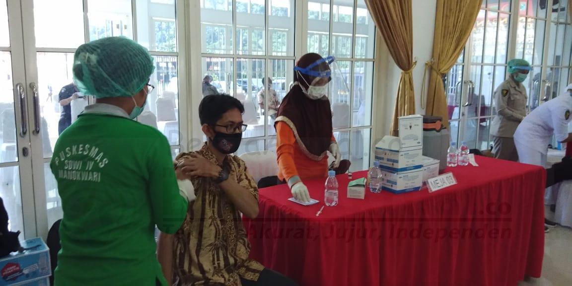Kamis Besok, Puluhan Wartawan di Manokwari Jalani Vaksinasi Covid-19 4 IMG 20210303 WA0067