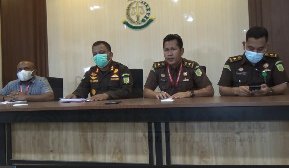 Kejari Sorong Tetapkan 4 Tersangka Kasus Korupsi Kabupaten Tambrauw 1 IMG 20210315 WA0129