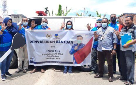 Jawab Aspirasi, Rico Sia Beri Bantuan 1 Unit Mobil Ambulans ke Yapessa Papua Barat 4 20210413 120139