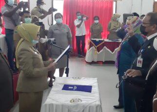 Kepala BPKAD Dan Inspektorat Kota Sorong Diganti 15 IMG 20210420 WA0060
