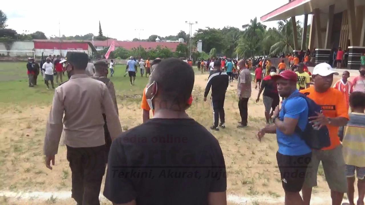 Langgar Prokes, Satgas Covid Kota Sorong Bubarkan Pertandingan Sepak Bola 4 IMG 20210507 WA0034