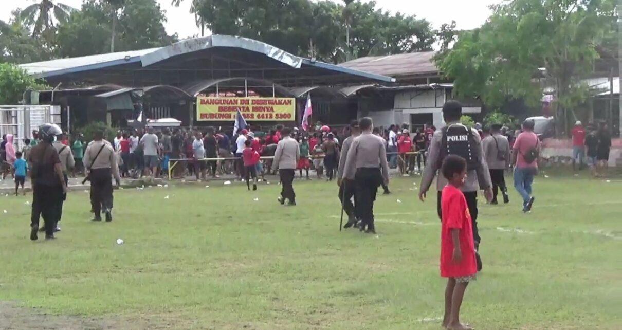 Langgar Prokes, Satgas Covid Kota Sorong Bubarkan Pertandingan Sepak Bola 1 IMG 20210507 WA0037