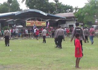 Langgar Prokes, Satgas Covid Kota Sorong Bubarkan Pertandingan Sepak Bola 12 IMG 20210507 WA0037